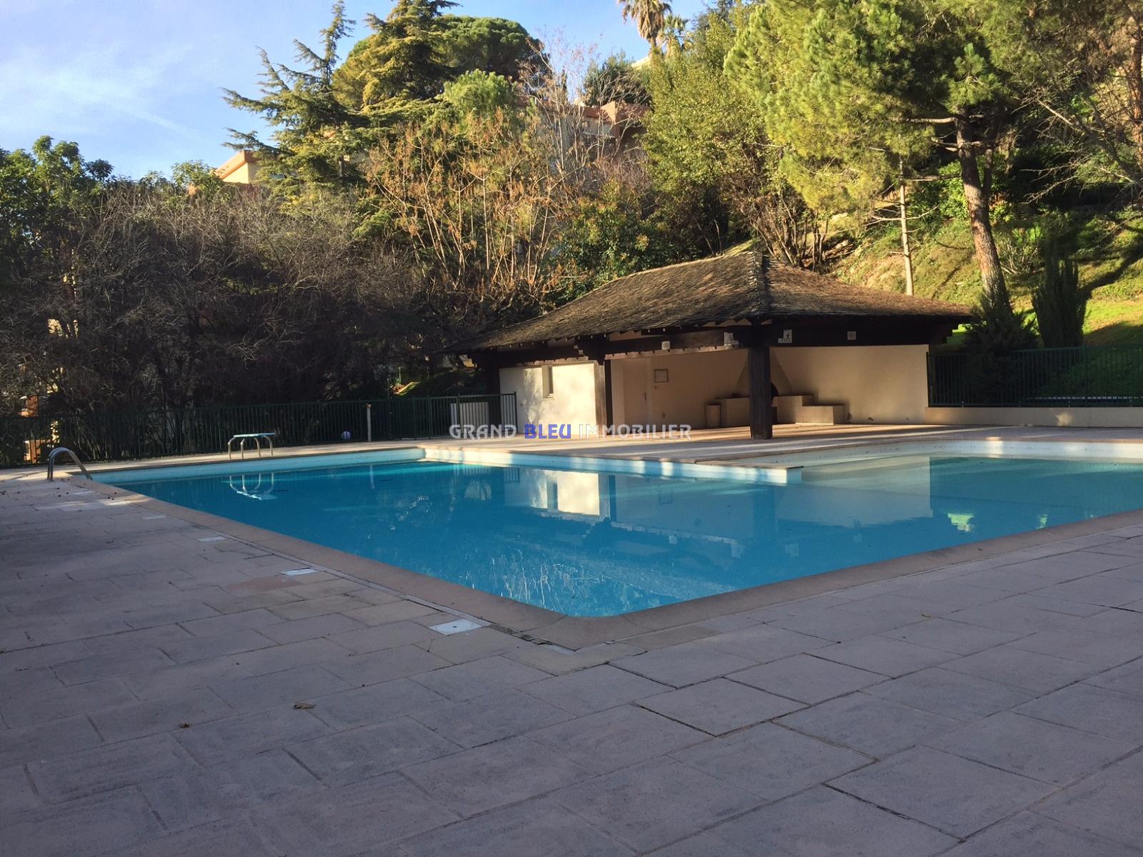 Vente nice cimiez studio r sidence piscine for Piscine nice